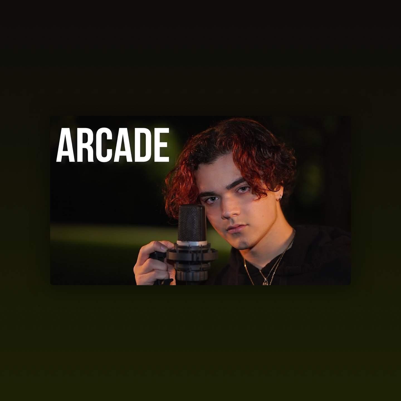 Arcade -                     Luxe radio
