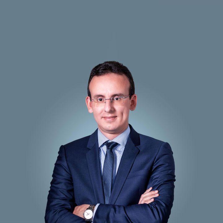 « Il est prévu que l'union de la FGD ait lieu un an après les élections de 2021 » - Omar El Hyani - Les Invités des Matins Luxe -                     Luxe radio