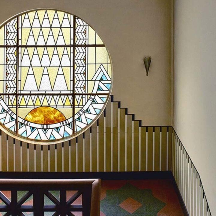 Henry Lacoste et son pavillon de verre - Architecture -                     Luxe radio