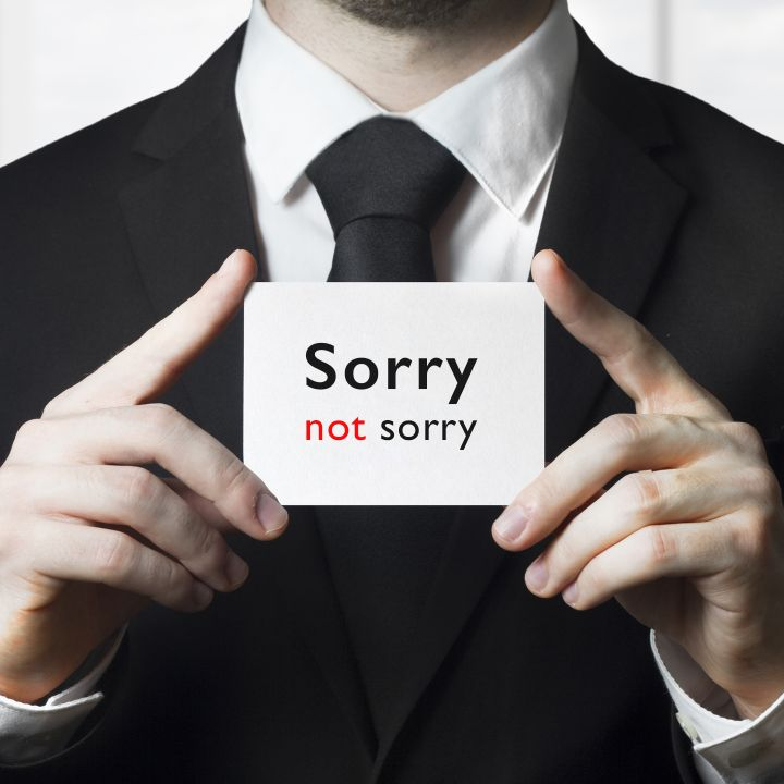 Sorry not sorry? - Les Chroniques -                     Luxe radio