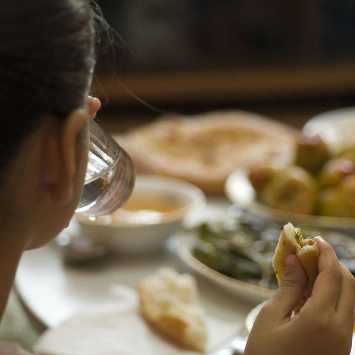 Ramadan et santé : quel impact ? - Avec Ou Sans Parure -                     Luxe radio
