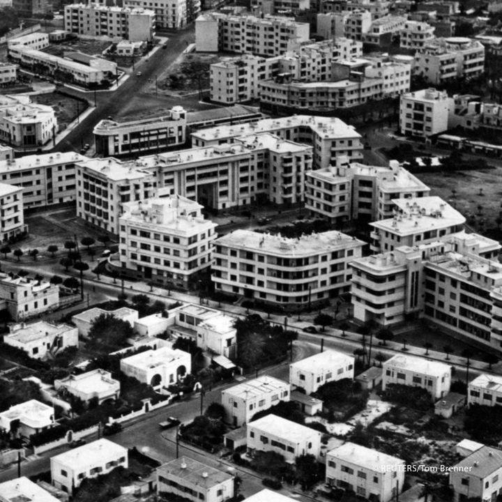 La vie de quartier est-elle vouée à disparaître ? - Les Débats -                     Luxe radio
