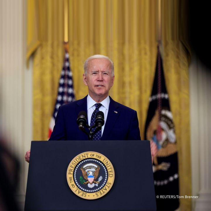 Que décidera Biden pour Cuba ? - Les Débats -                     Luxe radio