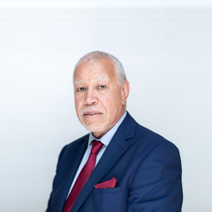 « Les professionnels du tourisme devraient être prioritaires dans la stratégie de vaccination ! » - Fouzi Zemrani - Les Invités des Matins Luxe -                     Luxe radio